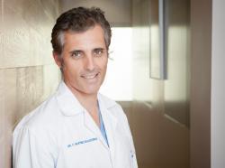 Dr. Claudio Martínez Ballesteros